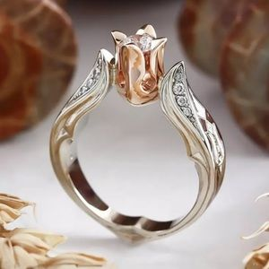 Rose Ring in Silver and Rose Gold